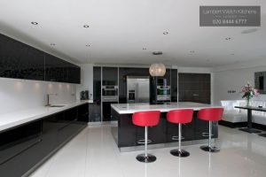 Southgate Road London - White and Black Elegant Modern Kitchen